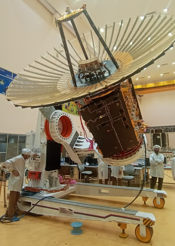 RISAT-2BR1_with_its_Radial_Rib_Antenna_deployed.png