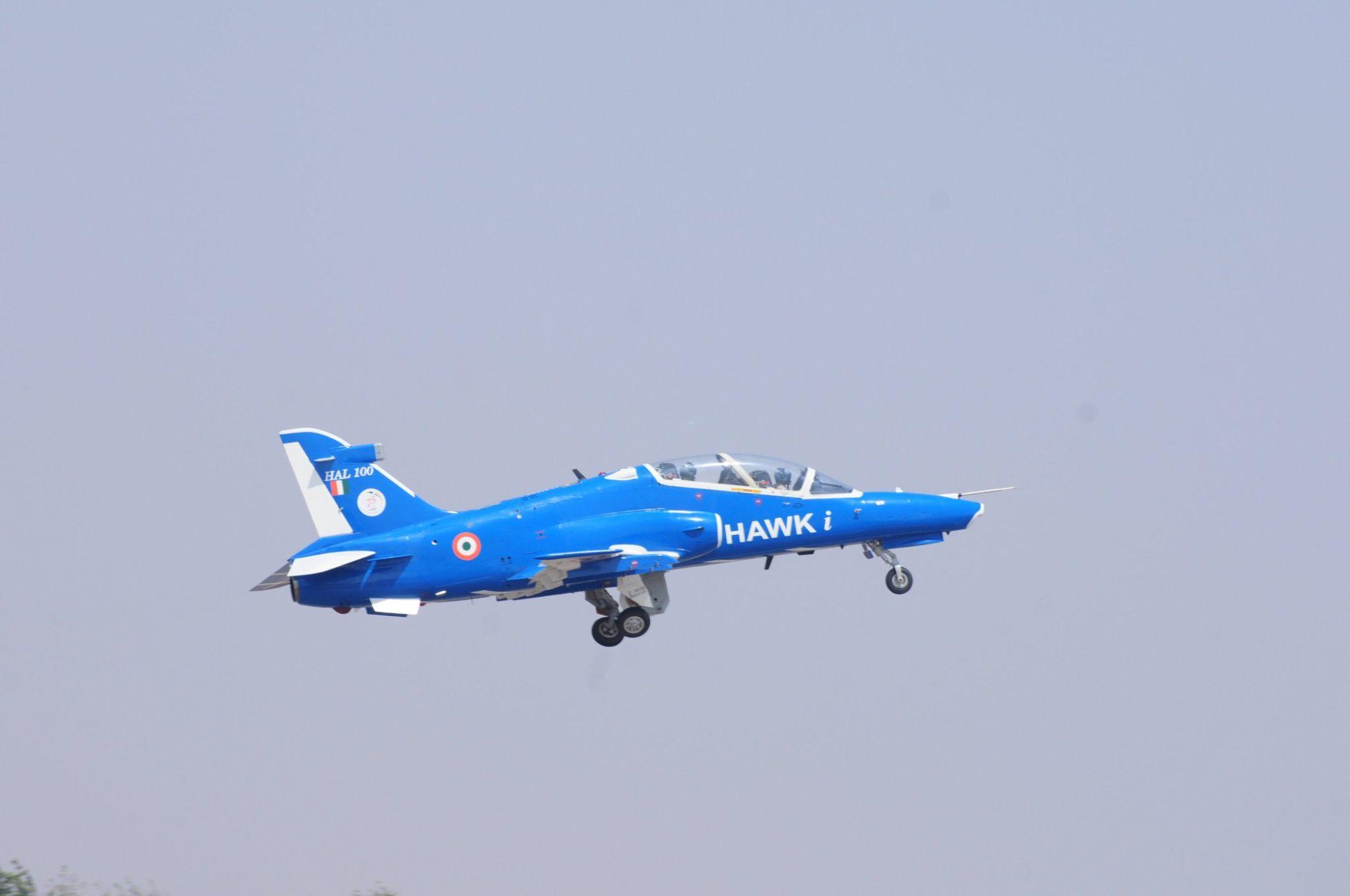 Advanced Hawk Mk 132