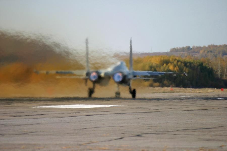su-35_landed