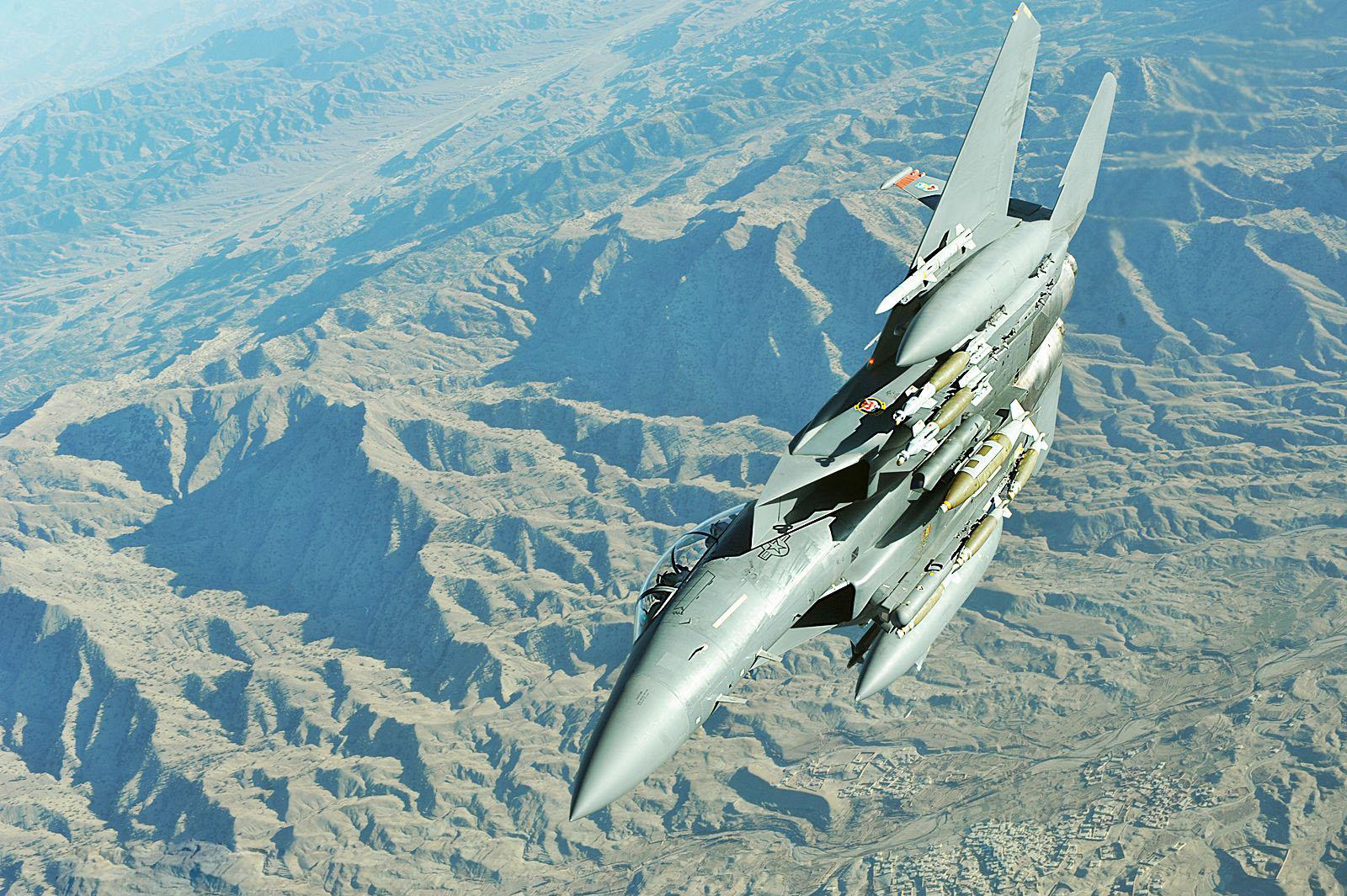f-15e-strike-eagle-4