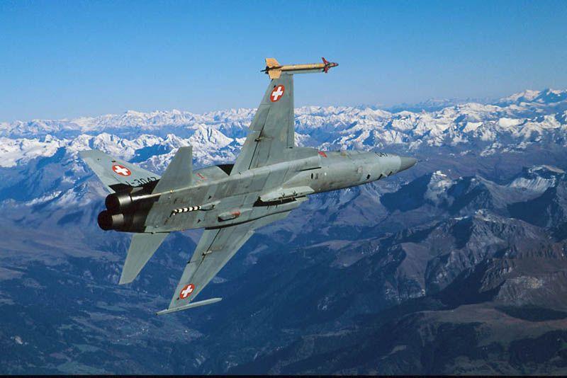 f-5-suico-foto-forca-aerea-suica
