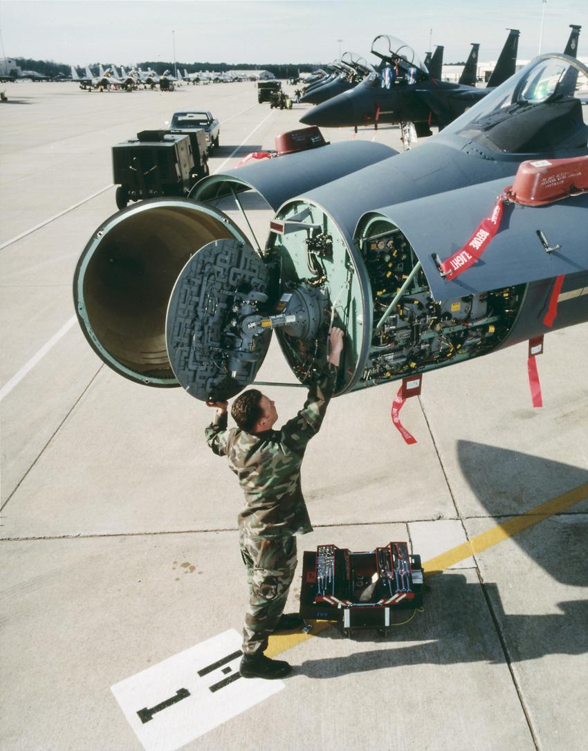 radar-f-15e-foto-raytheon