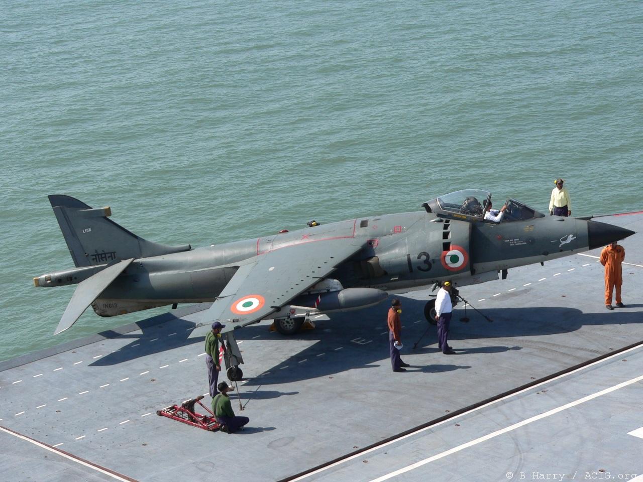 sea-harrier-india1