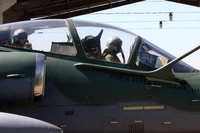 A-1 cockpit lacador