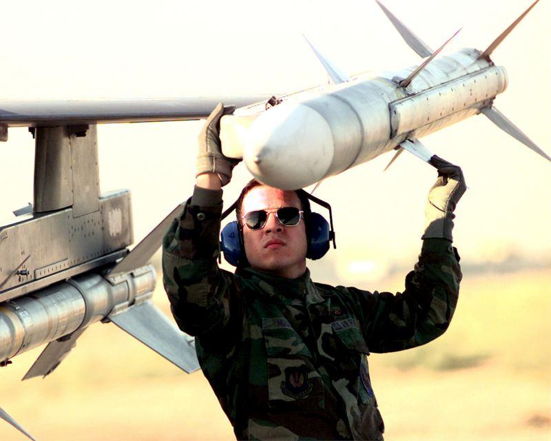 AIM-120C-7_AMRAAM