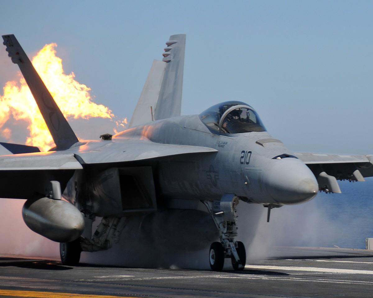 Super Hornet lançamento - foto US Navy