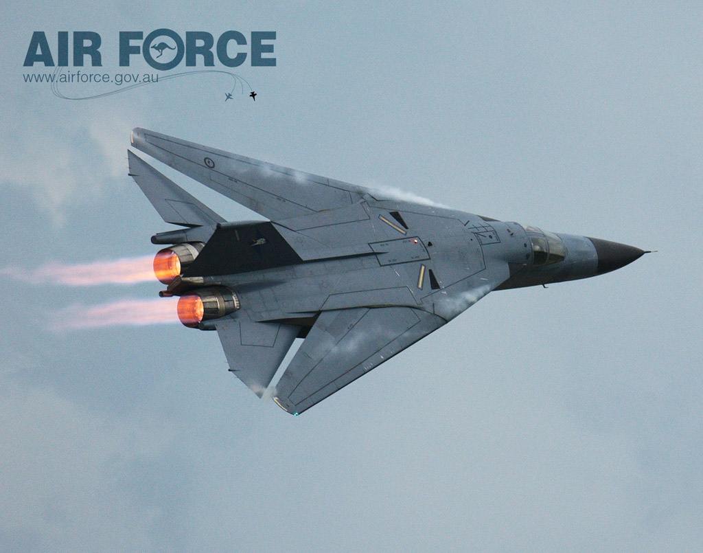 F111- australiano max enflexamento - foto RAAF