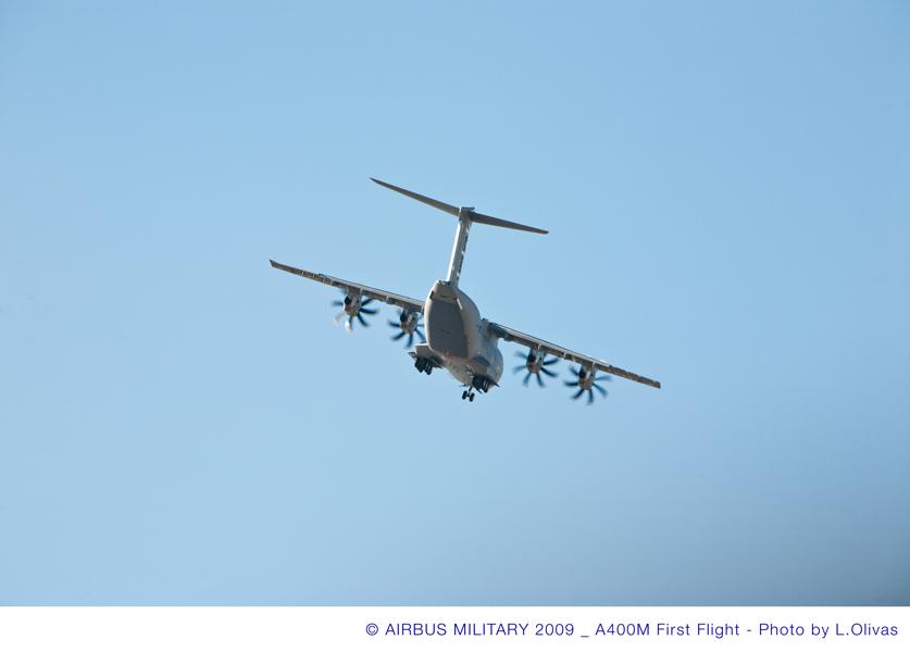 A400M pousando - foto 2 Airbus Military
