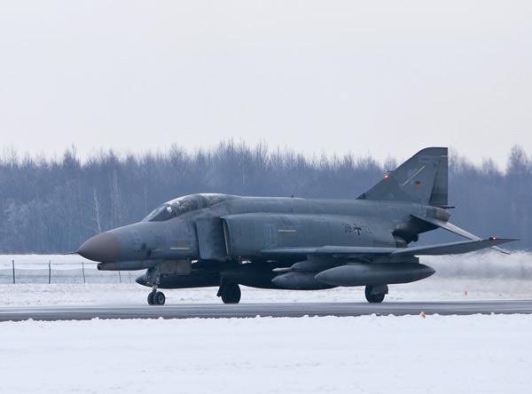 F-4 Phantom alemao na Lituania - foto Armee de lair