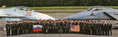 Su-27_x_F-15