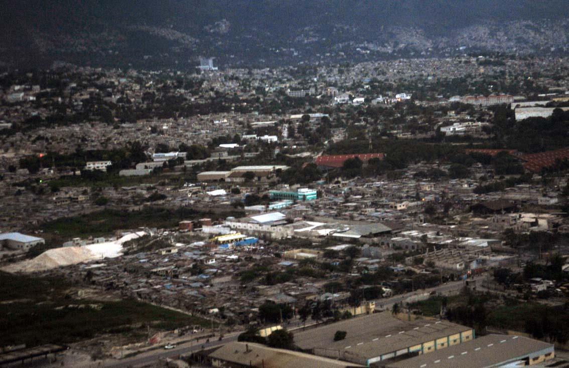 Vista aérea da cidade na chegada do Min da Defesa - foto Agencia Brasil -  Roosewelt Pinheiro