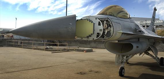 sabr - aesa f-16 - foto NCG