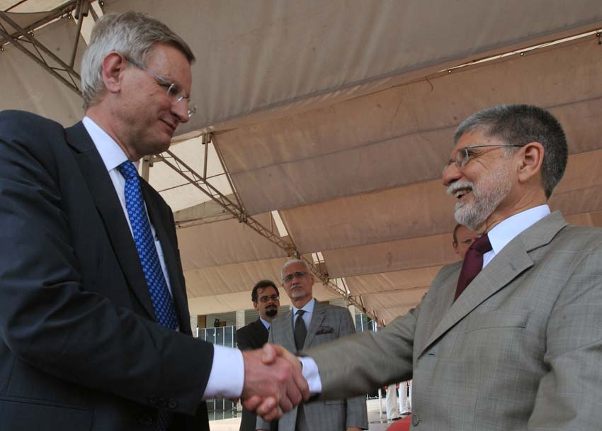 Min Neg Estrang Suécia Carl Bildt e Min Rel Ext Brasil Celso Amorim - foto M Casall Jr - Agência Brasil
