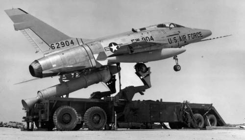 F-100 ZEL 1