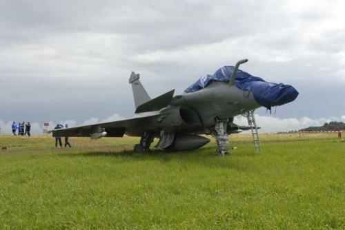 Rafale pouso mal feito piloto ejetou