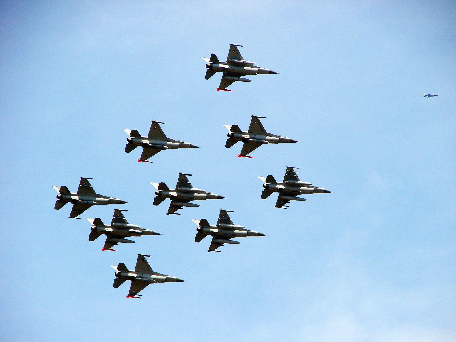 RDAF F-16