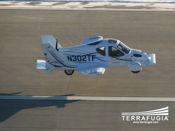 Terrafugia Transition First_Flight_Chase_Plane