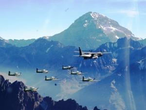 Travesia Andes C-105 Arara e T-27 EDA - foto FAB