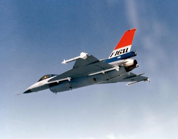 F-16XL - 6