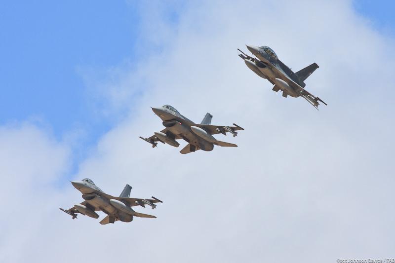 CRUZEX-V-F-16-chile-3-foto-sgt-jbarros-F