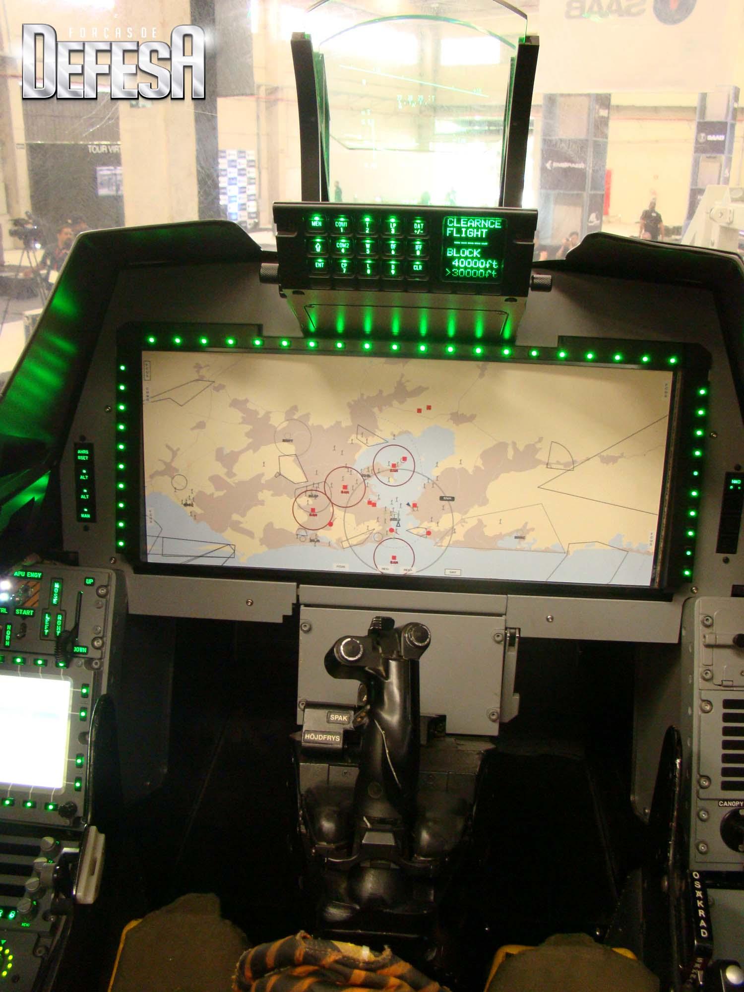 Saab-Aeron-Montagens-replica-Gripen-E-fo
