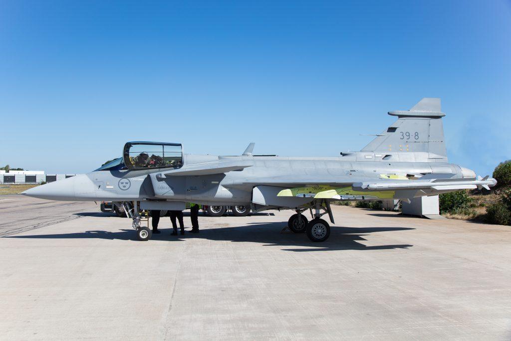 Gripen-E-39-8-armado-1024x683.jpg