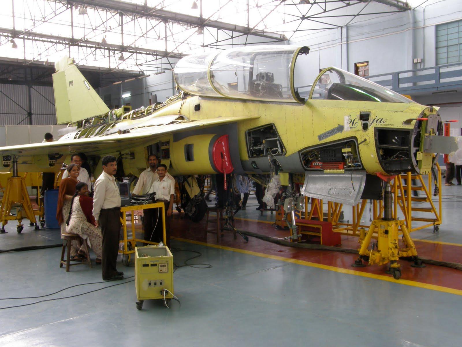 LCA-Tejas-em-produ%C3%A7%C3%A3o-4.jpg
