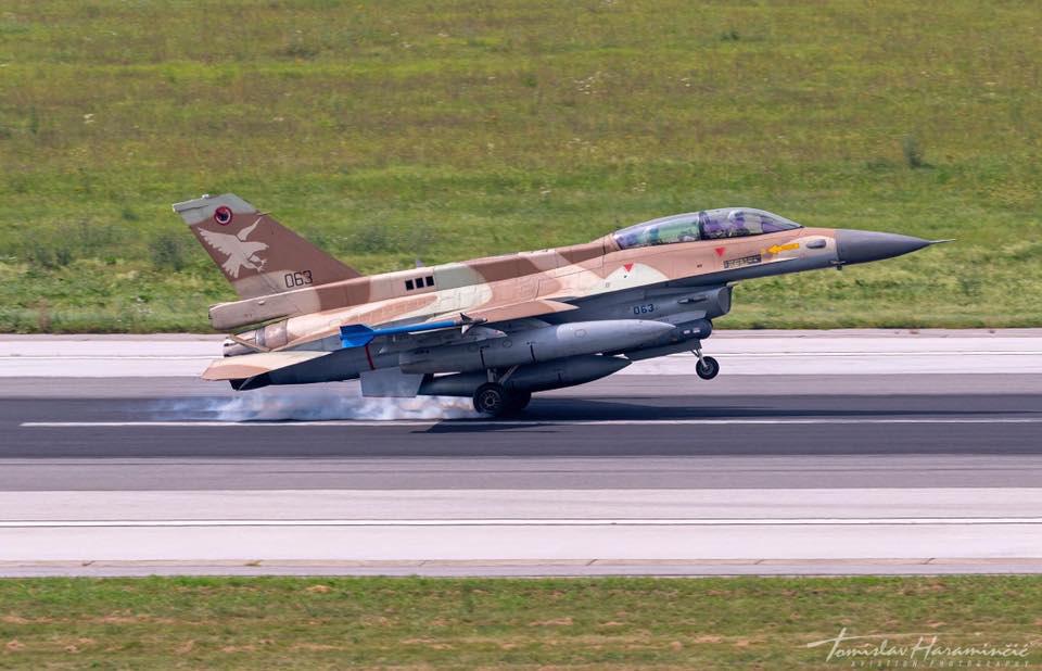 Ca%C3%A7as-F-16-de-Israel-visitam-a-Cro%