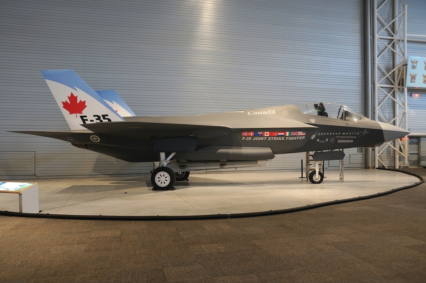 F-35-Canada.jpg