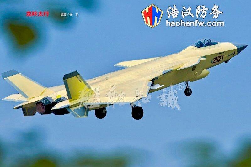 J-20-equipado-com-motores-WS-10.jpg